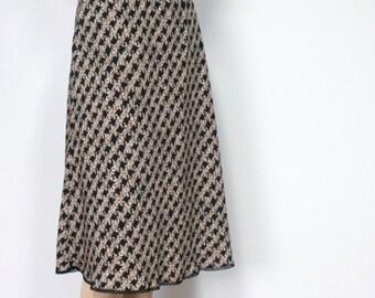 Vintage Skirt Full Elastic Waist Lattice Pattern Slip Skirt Sleek Drapey Boho Women's Vintage Size 16