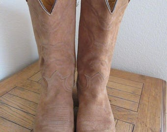 Vintage Womens Sandy Colour Suede Cowboy Boots Made In USA By 'Tony Lama', USA 8.5D, UK 6.5
