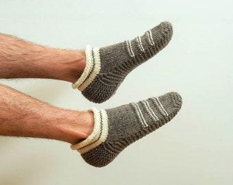 Wool slippers. Men wool slippers. Hand knitted slipper socks. Natural grey wool socks. Striped slippers. Christmas gift. Home slippers. Men