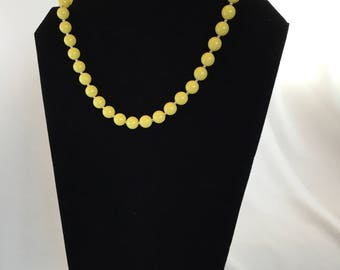 Vintage, Lemon Yellow Beaded Necklace/1950s