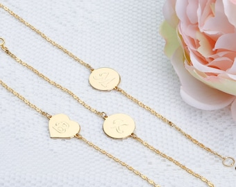 Gold initial bracelet Personalized Tiny Charm Disc bracelet Gold Dainty Letter bracelet Monogram Gold filled jewelry.
