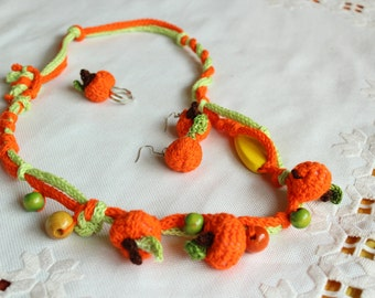 Halloween Crochet Miniature Pumpkins, Set of Crochet Necklace Earrings and Ring with Festive Mini Pumpkins, Crochet Jewelry for Halloween