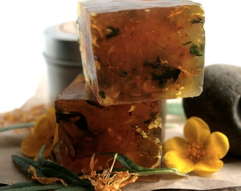Camp Soap - With natural bug repelling and skin healing Arctic herbs