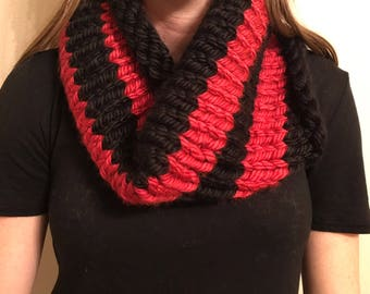 Knit Chunky Red/Black Stripe Cowl