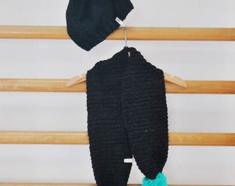 Hat / Scarf And Mittens// Dark Grey And Fluo  // Birth Gift !