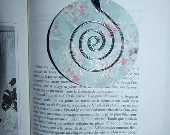 paper flower and spiral aluminum bookmark