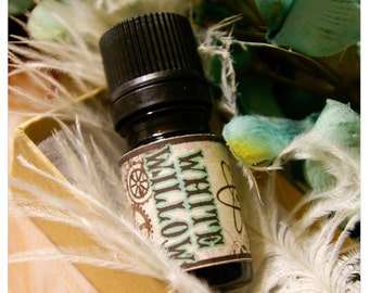 white willow - natural perfume oil of white tea and green woods - 1/6 oz