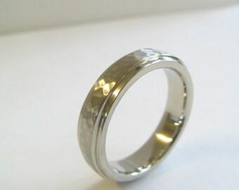 Mens Custom Wedding Band 10K White Gold. Custom Hammered Wedding Band. Men's Hammered Wedding Ring.