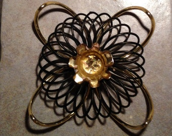 Wire Coil Candle Holder