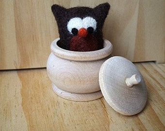 Surprise! It's an owl. Needle felted wool, soft woodland animal. Storytelling, Pretend Play Nature Table Set. Waldorf. Natural Kids and Toys