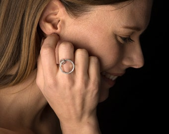 Effervescent ring, sterling silver