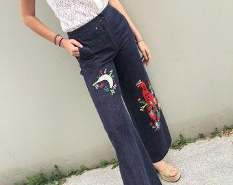 Jeans a zampa anni 70, Jeans a zampa ricamati, Jeans con ricamo anni 70, Jeans taglia small, jeans vita alta a zampa, jeans vintage anni 70