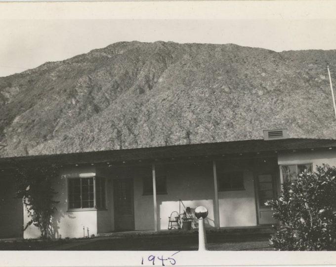 La Cita, Palm Springs, 1945: Vintage Snapshot Photo [86689]