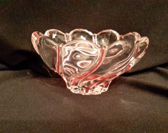 Mikasa peppermint swirl design candy dish