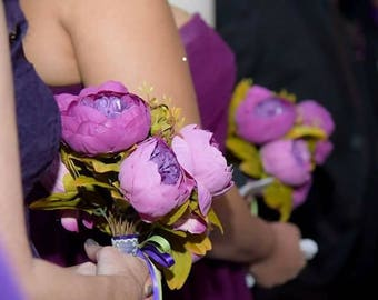 Beautiful bridesmaids bouquets