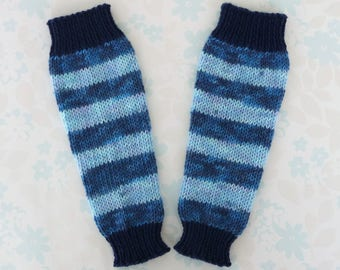 BABY BOY Tapered Leg Warmers - newborn to around 18 months - self-striping baby yarn in dark and light blue with navy cuffs - ready to ship