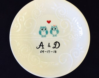 Owls Engagement, Wedding gift - Personalized Hand Painted Ceramic cute owls Ring Dish plate, ring holder- Anniversary, Valentine's Day