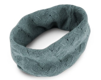 Women's 100% Cashmere Infinity Snood Scarf - Light Gray - hand made in Scotland by Love Cashmere