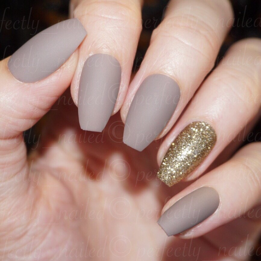 Fake Nails: Dark Nude Matte And Gold Glitter Handpainted False Nails