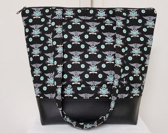 Nurses Tote Bag, Vinyl Bottom, Nurse Tote Bag with Pockets, Nurse Tatoo Tote Bag, Tote Bag, Large Medical Bag, Weekend Bag, Nurse Gift.
