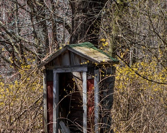 Primitive Outhouse Photo, Abandoned Out House, Rustic Bathroom Art, Country Home Decor