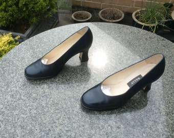 Ladies, Vintage, Bally, Navy Blue Leather Court Shoes, Size 5