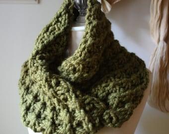 Knitting Pattern / Cowl Shoulder Warmer / Asterisque / PDF DIGITAL DELIVERY