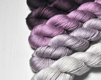 Mental decline - Gradient of Silk/Cashmere Fingering Yarn
