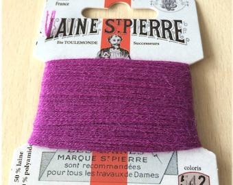 St. Pierre 542 plum wool yarn