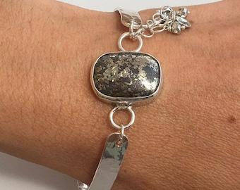 Pyrite gemstone bracelet, Silver gemstone bracelet, Pyrite silver bracelet, Silver pyrite bracelet, Pyrite gemstone, Hammered bangle,