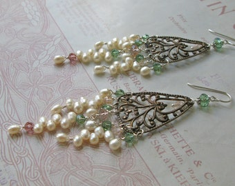 Pearl Chandelier deluxe earrings in erinite green/silk/rose