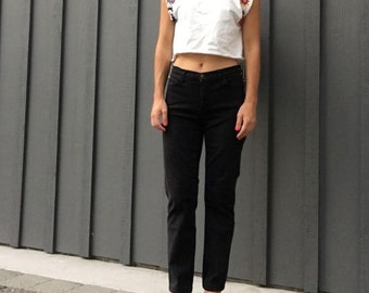 Vintage 'Made For Real Women With Real Curves' Mom Jeans in Black