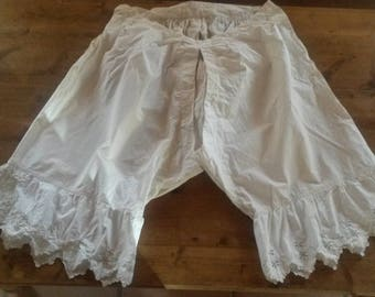 Vintage Richelieu embroidery and cotton panty