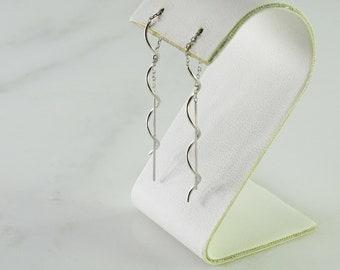 18K White Gold Spiral Dangle Pierced Earrings