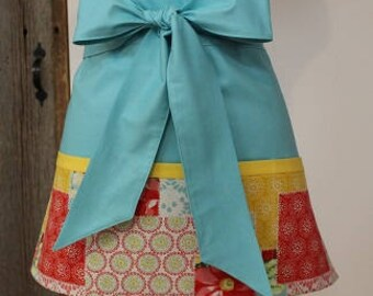 Pioneer Woman Fabric - Vendor Apron - Hostess Apron - Mothers Day Apron - Craft Apron - Baking Apron - Bakery Apron - Teacher Apron - Apron