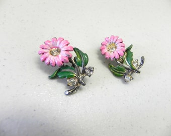 Vintage 50s Pink Daisy Enamel Scatter pins , Set of 1950s Flower Brooches with Rhinestones