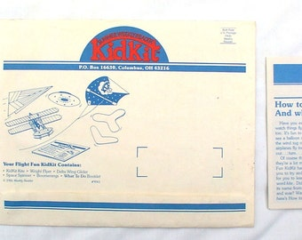 Weekly Reader 1986 Summer Kid Lit Kites Glider Boomerangs