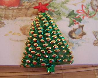 "Vintage 80's ""PINE CHRISTMAS TREE"" Gold Toned Enamel Brooch / Pin"