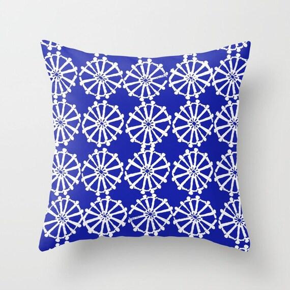 OUTDOOR Throw Pillow . Azure Blue Outdoor Pillow . Blue patio cushion . Modern Geometric Pillow . Blue Wheel . 16 18 20 inch . Lumbar Pillow