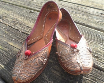 Handmade Leather Indian Slipper Shoes