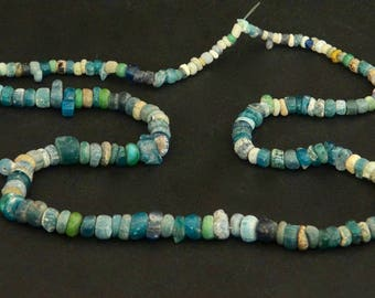 IS19- an ancient Nila necklace