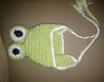 Newborn crochet Frog hat