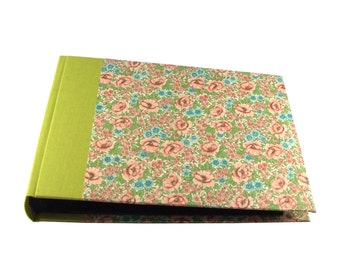 Heirloom / Wedding Album Flowery Meadow Spring green - white pages