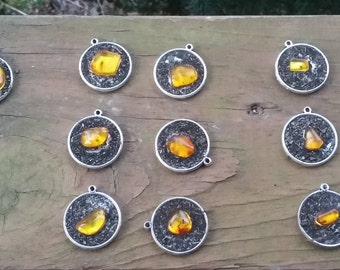 REAL Amber inclusion fossil pendant with Lichen.