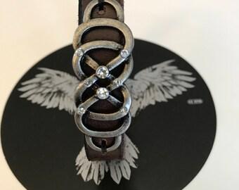 Decorative charm leather bracelet