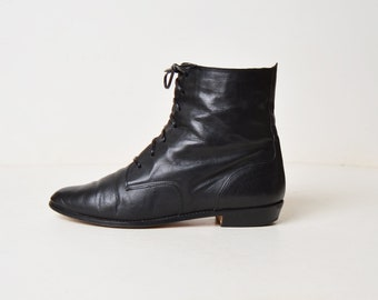 Vintage 90s Black Leather Booties / Joan and David Leather Ankle Lace Up Boots / 8.5