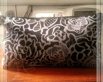Medium Clutch - Black Flower Swirl
