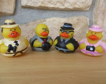 Traveler/Tourist rubber ducks.- Give them to your traveler - vacationer - person on the go!