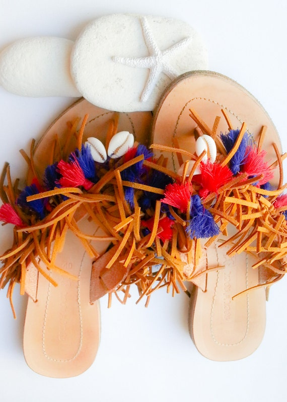 Red Hippie Sandals Sandals Sandals Sandals Fringe Sandals Sandals Patriotic Leather Sandals Blue and Shell Fringe Tassel Sandals Boho awfxTTq7