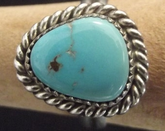 Vintage Sterling silver and Turquoise ring   Made in Taos indian pueblo NEW MEXICO   Bague en argent sterling et turquoise